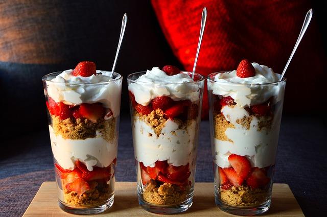 Low Carb Joghurt mit Früchten